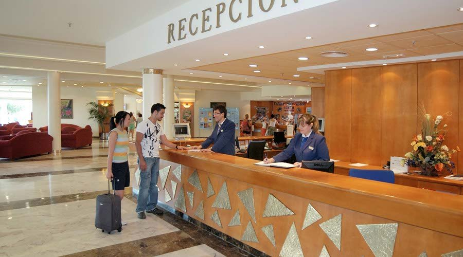 Reception flamingo hotel benidorm